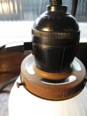 1930's駱駝柄ミルクペンダントライト 写真4枚目 アンティーク照明 ビンテージ ランプ