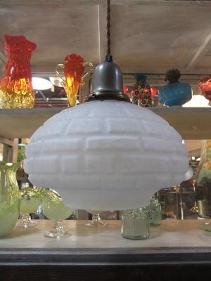 1970's擦りガラスペンダントライト 写真2枚目 アンティーク照明 ビンテージ ランプ