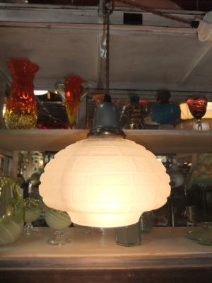 1970's擦りガラスペンダントライト 写真1枚目 アンティーク照明 ビンテージ ランプ