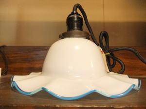 ブルー&ホワイトペンダント 1枚目の写真 アンティーク照明 ランプ 福岡