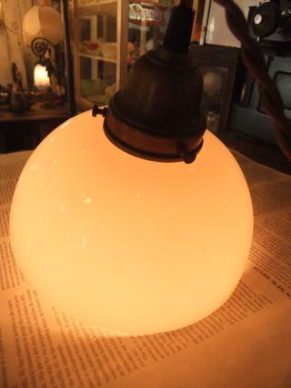 日本製 1930s大正ロマンアンティーク照明 ビンテージペンダントライト ミルクガラス ランプ 写真4枚目