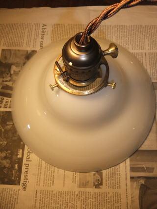 ミルクガラスペンダントライト 写真4枚目 アンティーク照明 ビンテージ ランプ