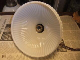 1940'sミルクガラスチェーンペンダントライト 写真8枚目 アンティーク照明 ビンテージ ランプ