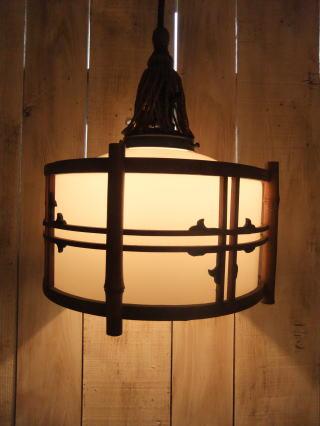 1940's和風竹枠ペンダントライト  写真1枚目 アンティーク照明 ビンテージ ランプ