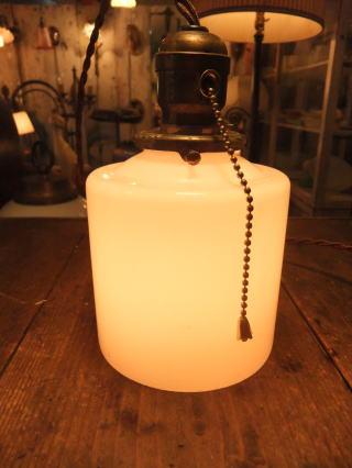 米国製 1940sアンティーク照明 ビンテージミルクガラスペンダントライト ランプ 写真1枚目