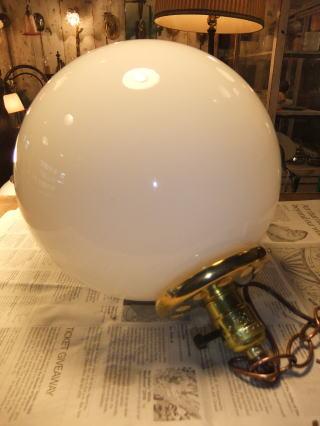 1950'sミルクボールペンダントライト 写真5枚目 アンティーク照明 ビンテージ ランプ