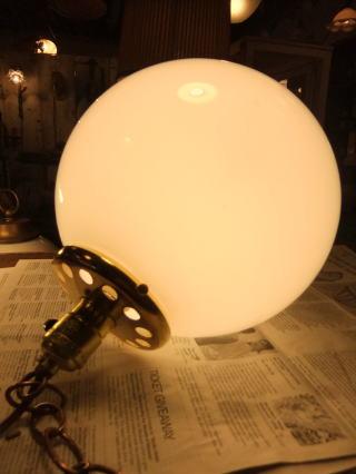 1950'sミルクボールペンダントライト 写真3枚目 アンティーク照明 ビンテージ ランプ