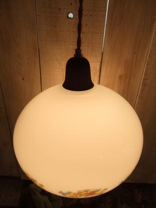 花柄ミルクペンダントライト 2枚目の写真 アンティーク照明 ランプ 福岡