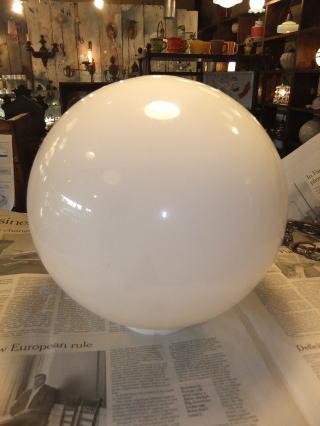 ミルクボールペンダントライト 3枚目の写真 アンティーク照明 ランプ 福岡