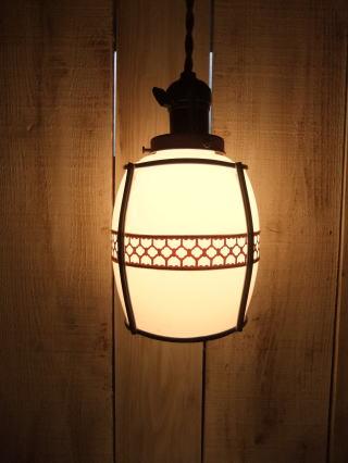 和風セルロイドペンダントライト 写真1枚目 アンティーク照明 ビンテージ ランプ 福岡