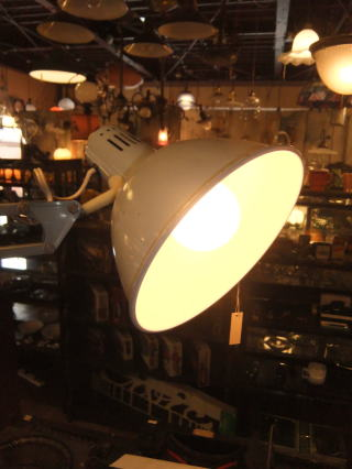 スイベルライト アンティーク照明 ランプ ライト トレモロ