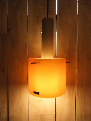 1970'sオレンジペンダントライト 写真1枚目 アンティーク照明 ビンテージ ランプ 福岡