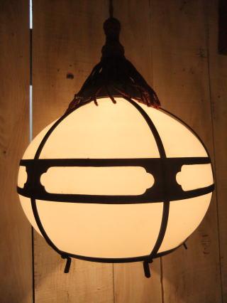 和風擦りガラスペンダントライト 写真1枚目 アンティーク照明 ビンテージ ランプ 福岡