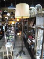 英国製1900s 木製スタンドライト アンティーク照明 ビンテージライト デスクランプ 福岡